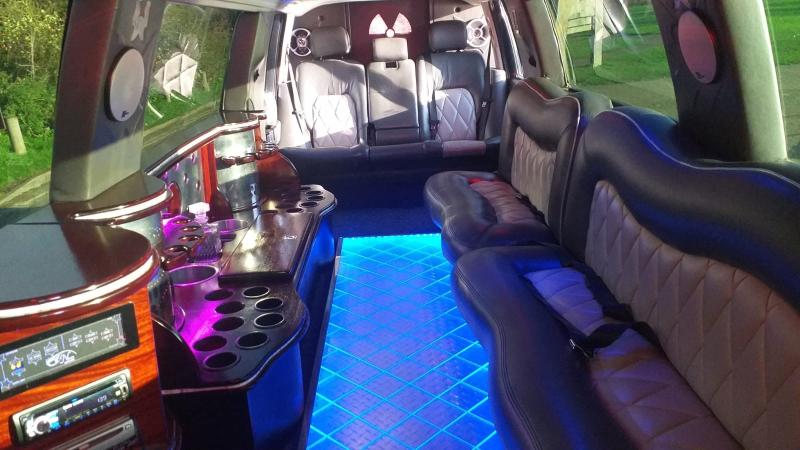 Range Rover Limo Hire 8